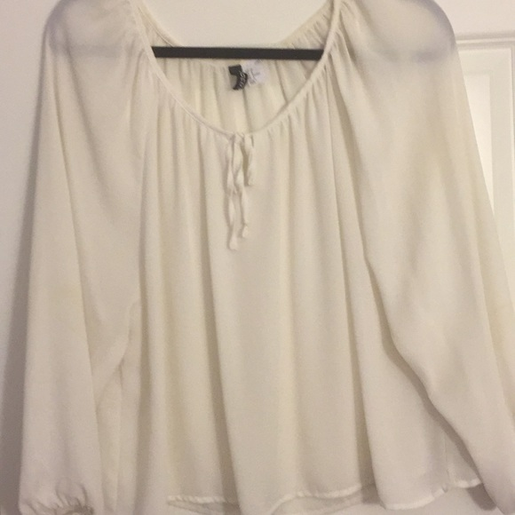 c3c4b63a6d9 Divided Tops - Sheer White Flowy Top